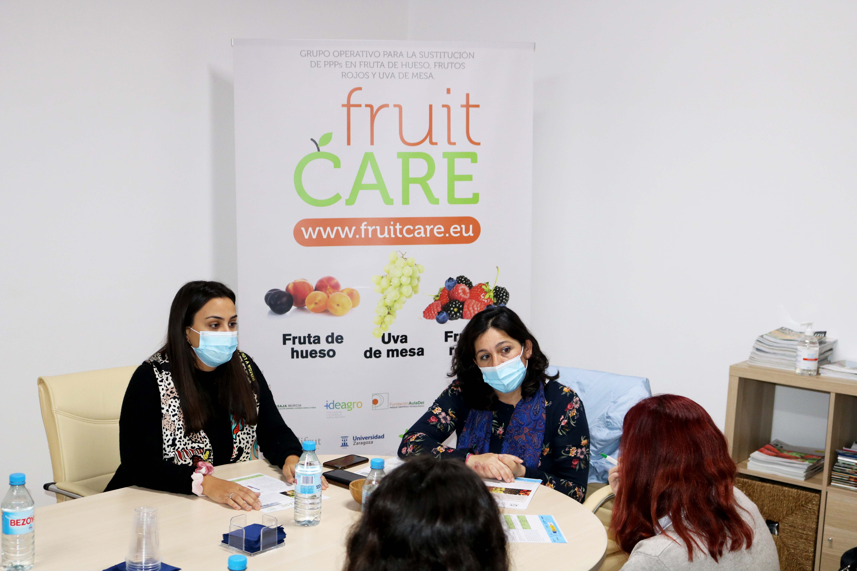 ZERYA entrega a SAT La Redondela la primera hoja divulgativa del FruitCare